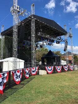 Freeman VP Debates Concert Stage
