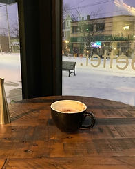 unbar-cafe-store-senic-winter-photo-vrt-