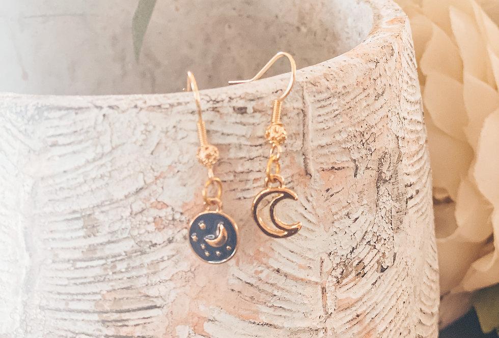 """""""Luna"""" boucles d'oreilles, dépareillées..."""