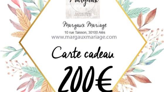 Carte cadeau de 200€ valable 1 an.