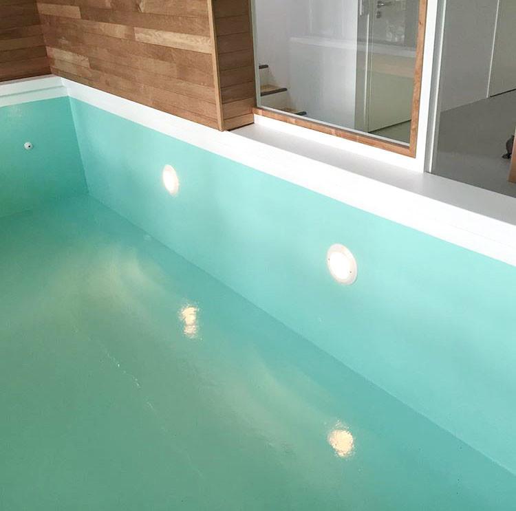 Uima-altaan valaistus