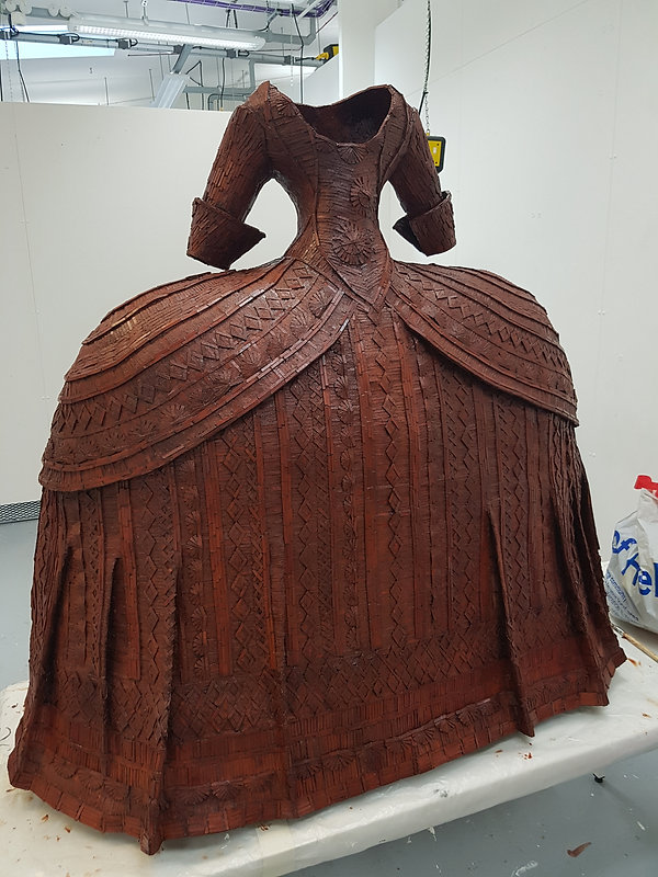 wood sculpture 18th century dress
