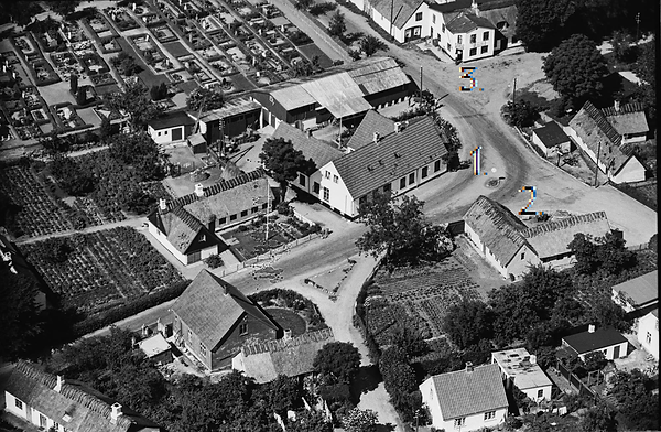 hus overfor den gamle brugs 1949-50, med