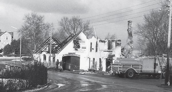 Torup Kro efter branden i 1974 - 3.png