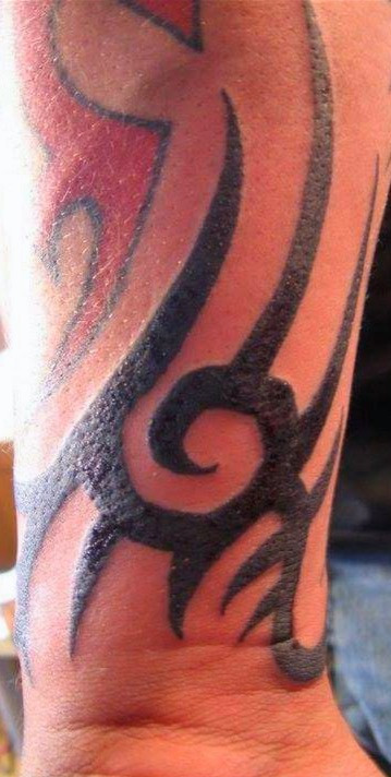 red and black tribal