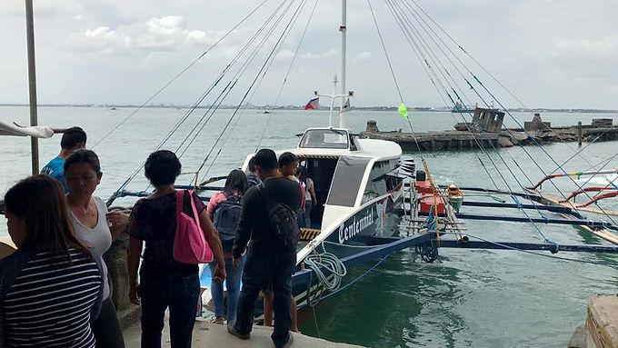 Marina-stops-registration-of-wooden-hull