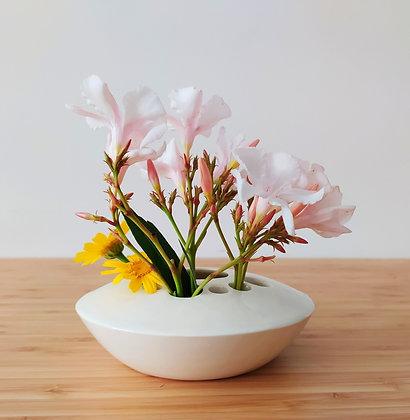 ואזה לסידור פרחים