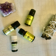 DIY: Essential Oil Blend for Stress Relief