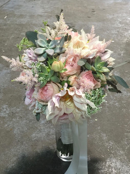 garden style bouquet with blush dahlias, pink roses and succulents