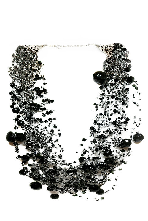 Black Beaded Flowing Necklace
