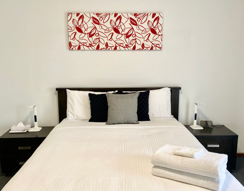 Sevens Avenue Master Bedroom