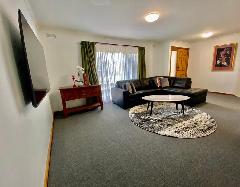Sevens Avenue Lounge