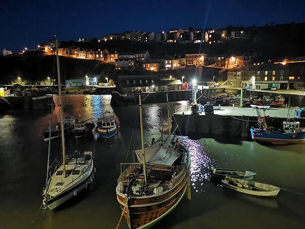 Harbour night.jpg