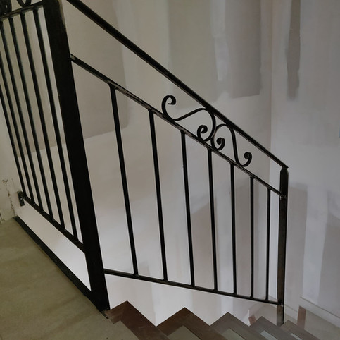 Garde-corps escalier classique