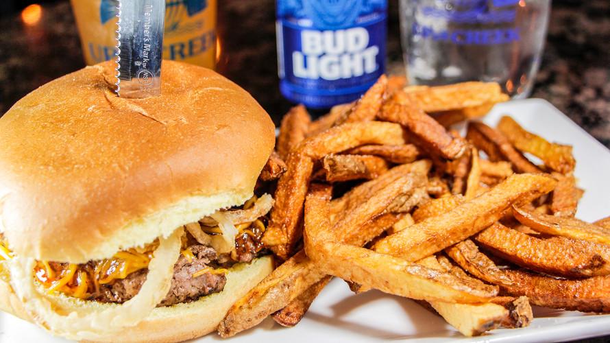 _MG_3731e1920 whisky burger.jpg