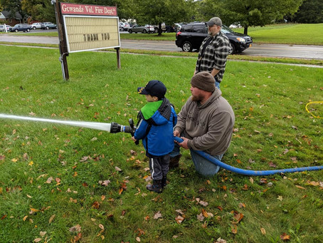 Cubs Learn Fire Safety at Firemuster