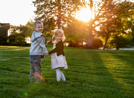 Arlington Heights Family Photographer | Front Porch Sessions