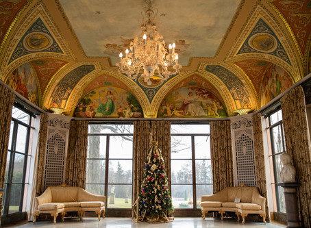 Vernon Hills Corporate Event Photographer | Cuneo Mansion | Festival of Trees