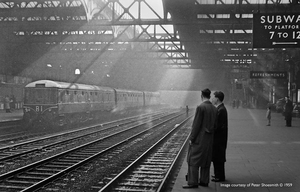 snowhill-railway-station-old.jpg