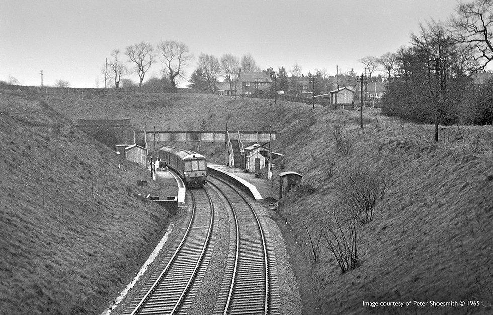 wood-end-railway-station-old.jpg