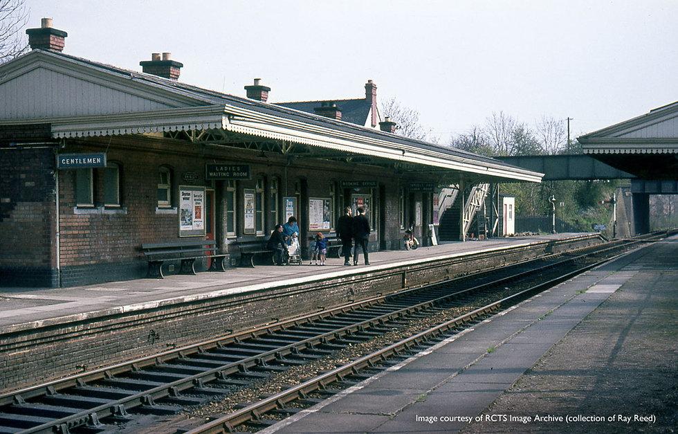 shirley-railway-station-old2.jpg