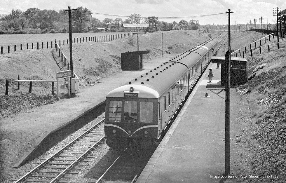 whitlocks-end-railway-station-old.jpg