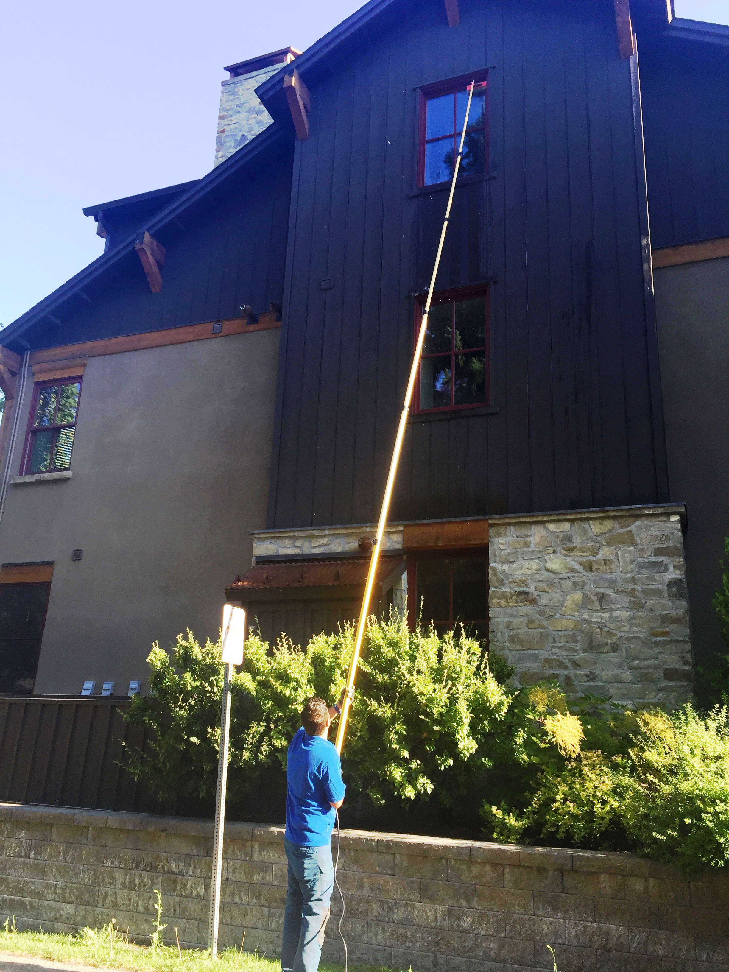 Ketchum Window Cleaning - tucker work