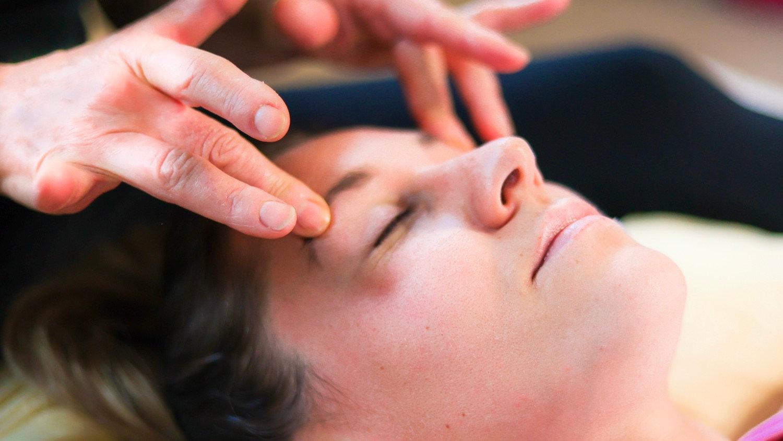 Japanese Face Massage