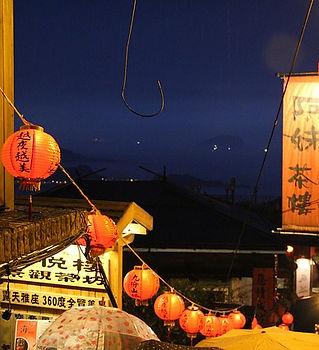 china-lights-680383_640.jpg