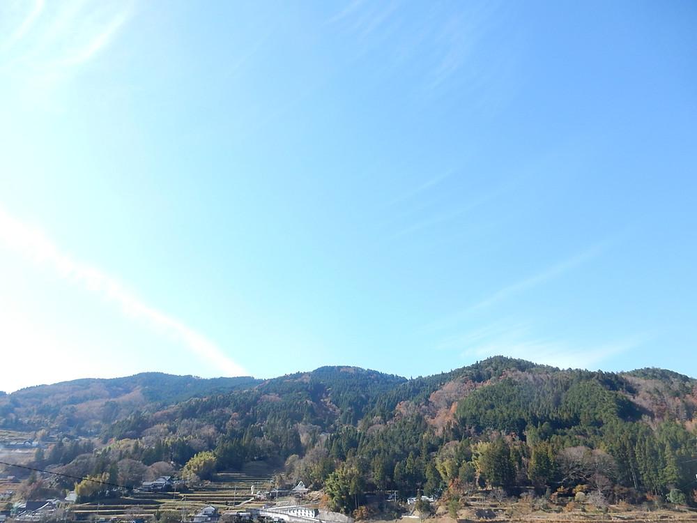 能勢、長谷棚田の青い空
