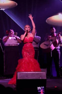 Stefani Singing