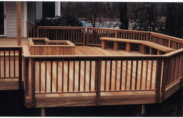 Two-Tiered Cedar Deck with Planter Boxes and Benches