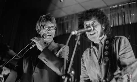 Mike Read & Mungo Jerry