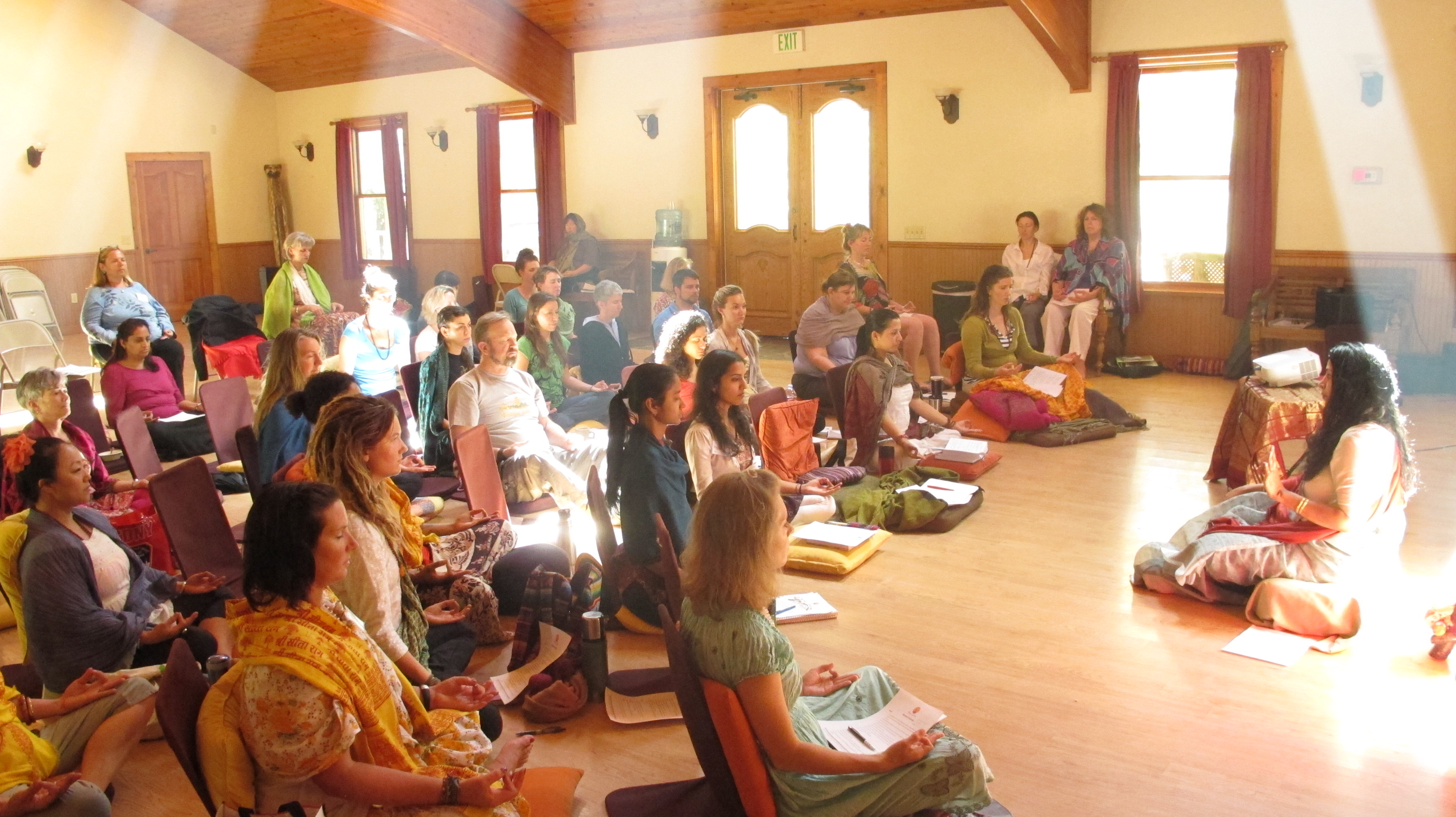 Acharya Shunya Teaching Meditation