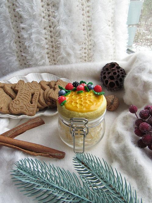 """Handmade Einmachglas """"Honey & berries"""" in Geschenkverpackung"""