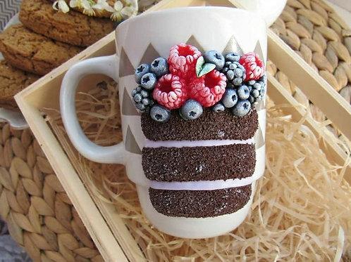 "Handmade Tasse ""Berry cake"" in Geschenkverpackung"