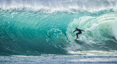 wave-1246560_1920.jpg