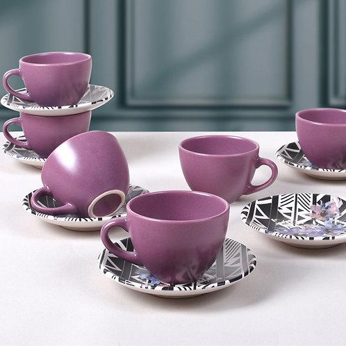 Сиреневые цветы, чайный сервиз