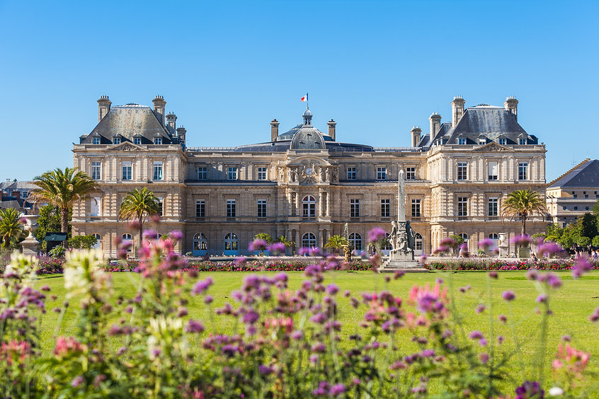 Luxembourg Palace in Jardin du Luxembour