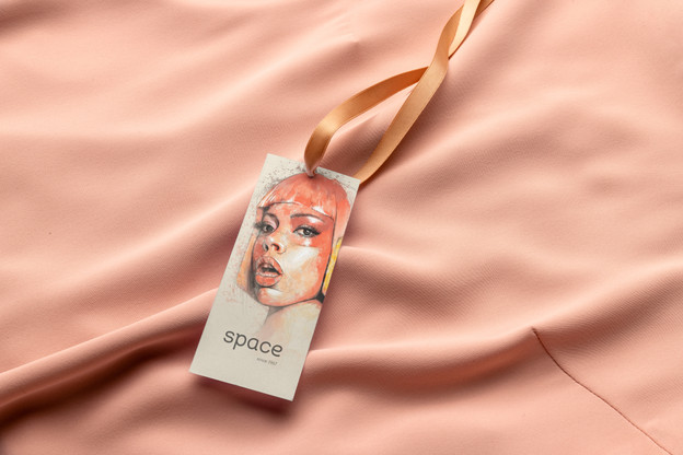 apparel-label-free-mockup-by-mockupcloud