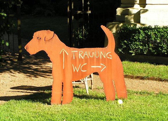 Handgemachter Eisen-Terrier in Originalgröße
