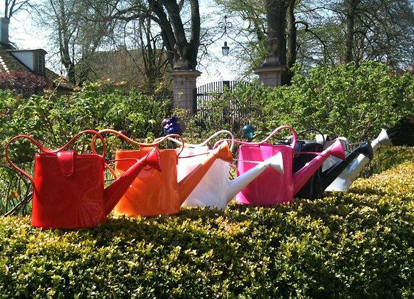 Gießkannen Handtasche in bunten Farben