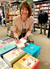Waterstones%20signing%20pic_edited.jpg