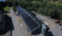 Solcelleanlegg til landbruk - 304solcellepaneler til driftsbygg for høns.