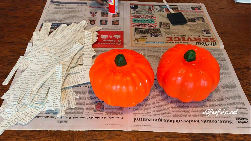 DIY Pottery Barn Book Page Pumpkins