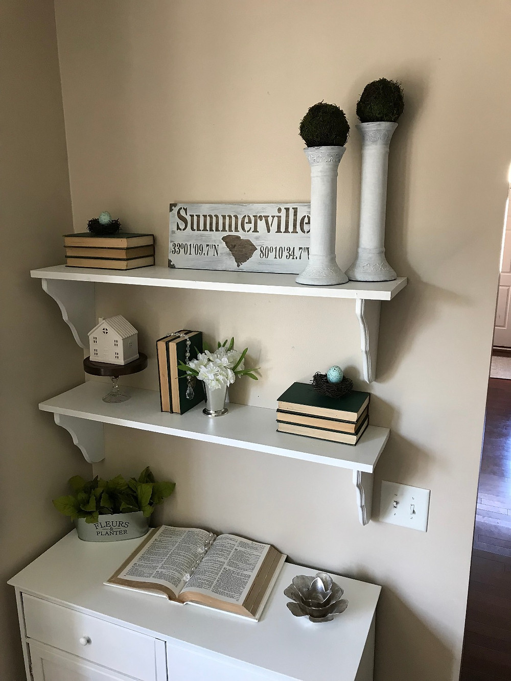 DIY WOOD SHELVES