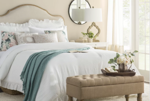 Bedding: Stick to white linen