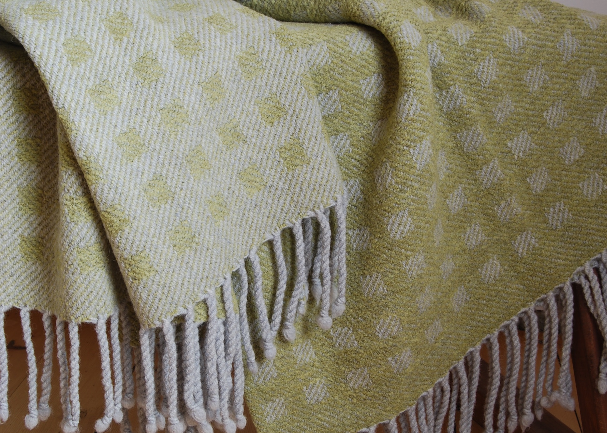 lime squares throw