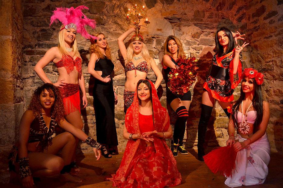danseuses, danse , spectacles, animations, groupe danseuses, troupe danseurs, compagnie chorégraphe, danses du monde, danses urbaines, danse orientale, lyon , rhone alpes, france,  ashaanty project cie,