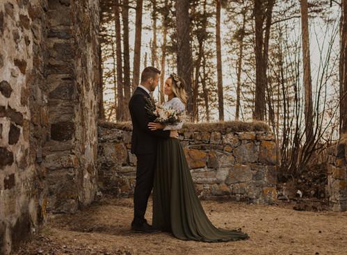 Bröllopsinspiration - bröllopsklänning i färg